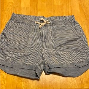 Cute blue white linen shorts size medium EUC